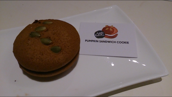 Pumpkin Sandwich Cookie